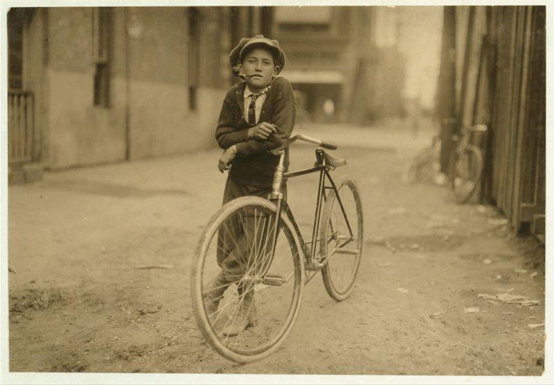 Messenger ragazzo lavora per Mackay Telegraph Company.  Detto quindici anni.  Esposto a pericoli luce rossa.  Località Waco, Texas.