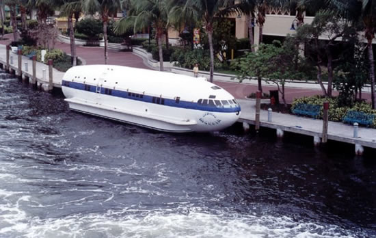 Plane_Boat_Cosmic_Muffin