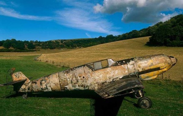 bf-109-wreck-russia-lake-2