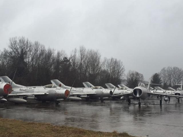 640x480 Albania planes 2 by BIRN