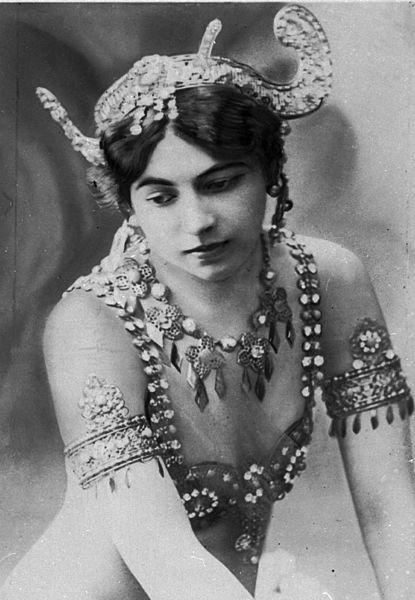 Mata_hari_en_1907