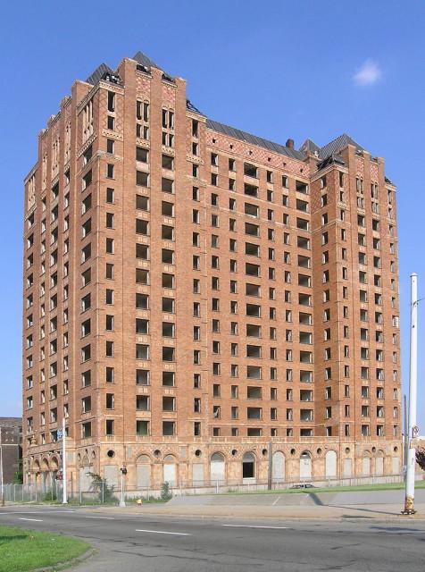 Lee Plaza Hotel, Detroit
