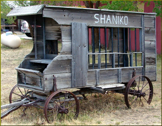 A jail wagon. By Don Graham Flickr CC BY-SA 2.0