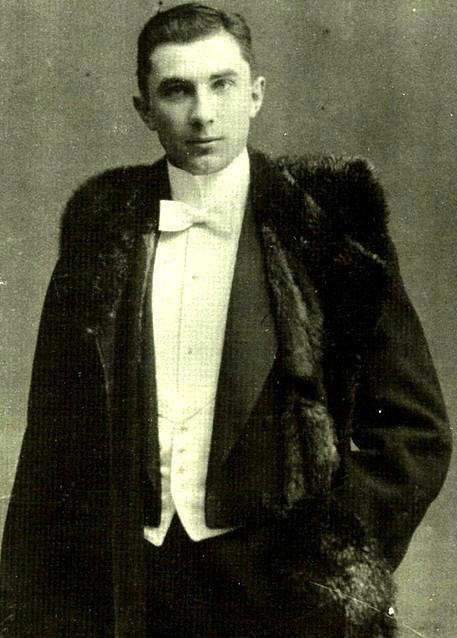 Lugosi at age 18