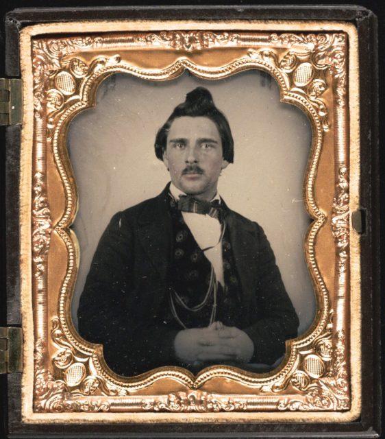 Lorenzo Oatman, Olive's brother.