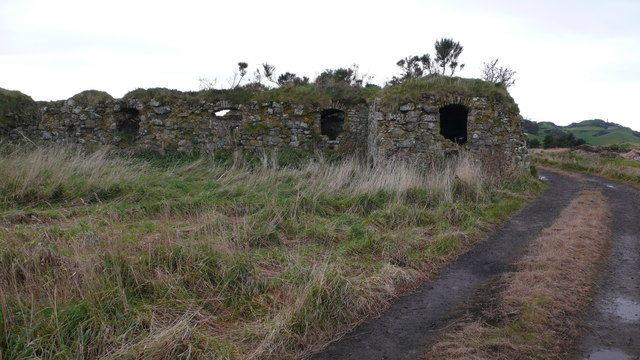 Barnes Castle, East Lothian, Scotland. Author: Calum McRoberts CC BY-SA 2.0
