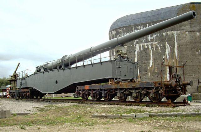K5 gun displayed at the Battery Todt.