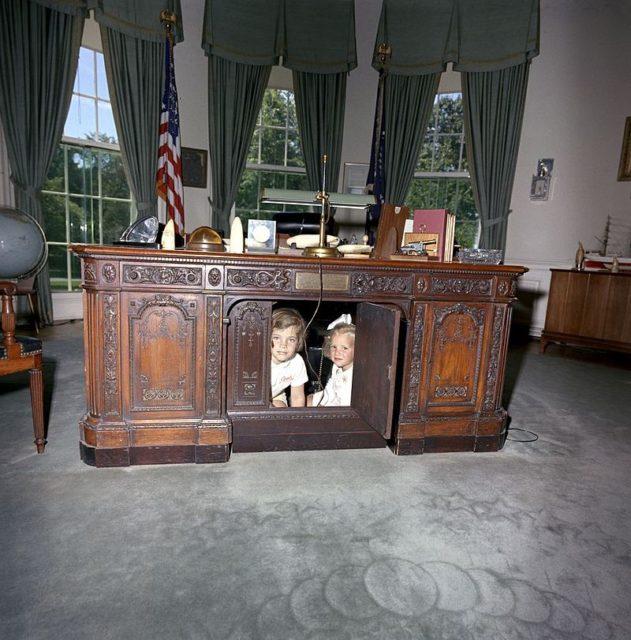 oval office resolute desk. Caroline Kennedy And Kerry Beneath The Desk In 1963. Oval Office Resolute E