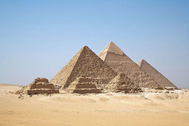 Giza pyramids. Photo by Ricardo Liberato CC BY-SA 2.0