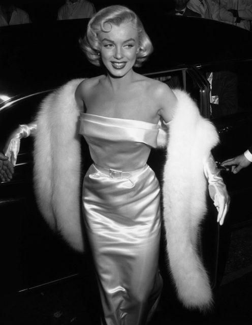 Marilyn Monroe  the Bookworm who Fantasized about Sleeping with ... d67da89e33ba