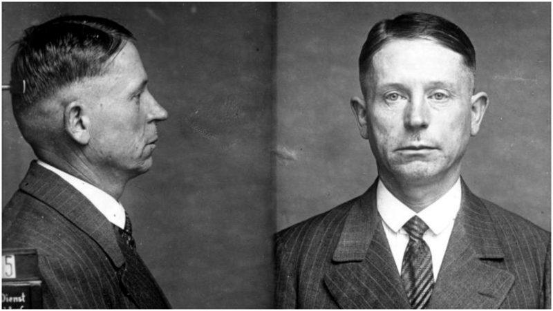 Mugshot of Peter Kürten taken in 1931. Photo Credit: Bundesarchiv, Bild  / CC-BY-SA 3.0
