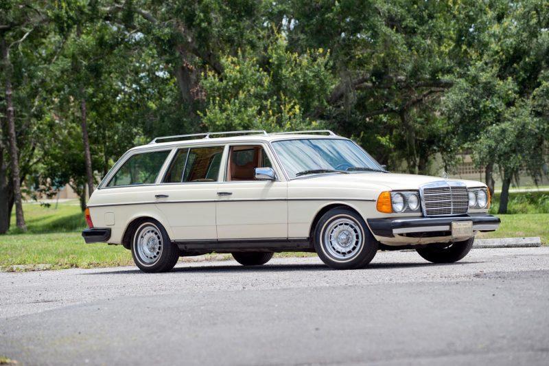 John Lennon's Last Car to be Auctioned, alongside Paul McCartney's