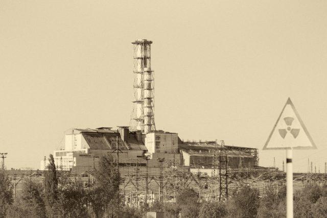 Reaktor PLTN Chernobyl 4 yang meledak pada 1986.