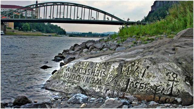 Hunger Stones. Photo by  Norbert Kaiser - CC BY-SA 3.0 de