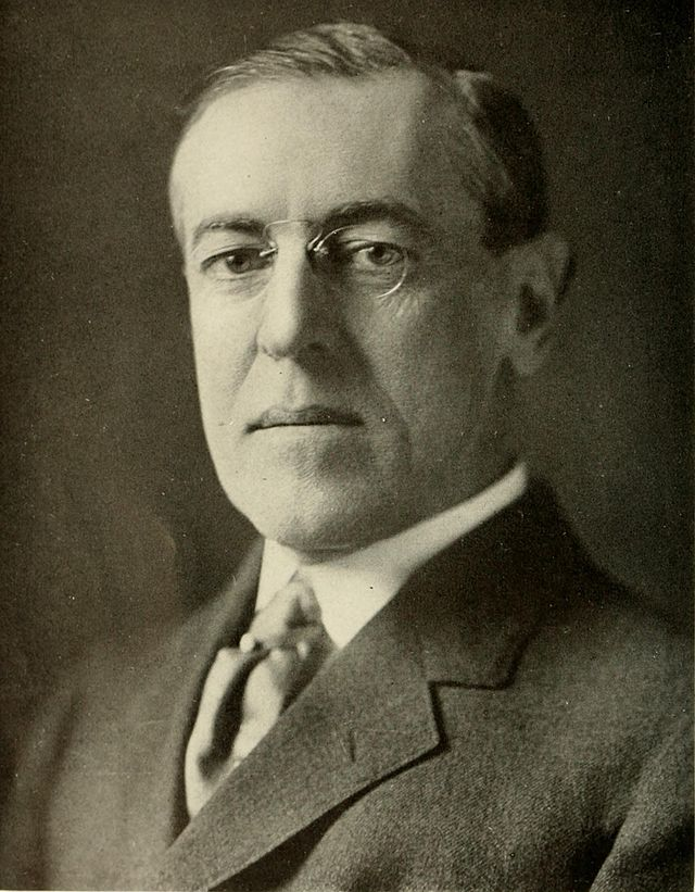 Photo portrait of President Woodrow Wilson