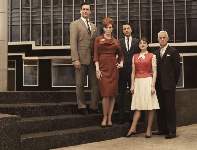 From left to right- Jon Hamm, Christina Hendricks, Vincent Kartheiser, Elisabeth Moss, and John Slattery (Photo Credit: MovieStills DB)