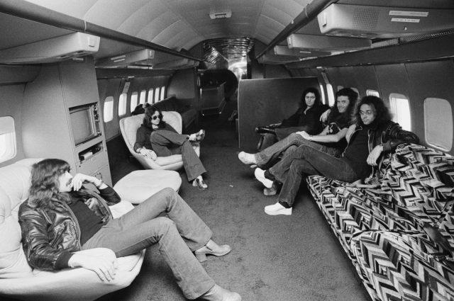 Deep Purple lounging on the Starship