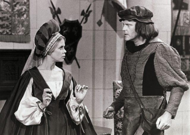 Elizabeth Montgomery and Dick Sargent