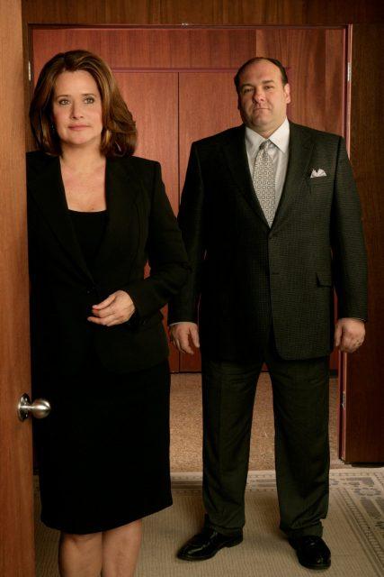 Lorraine Bracco and Gandolfini (Photo Credit: Chase Films/Brad Grey Television/HBO Entertainment & MovieStillsDB)