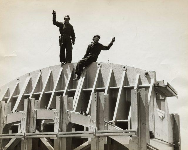 Men working on the Golden Gate Bridge